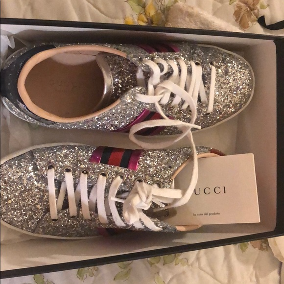 super specials look for uk cheap sale Gucci Ace glitter women's silver